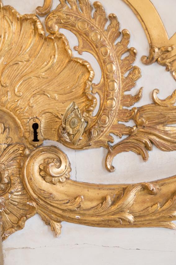 Gilded ornate design on walls at Hotel de Soubise Paris